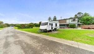 Caravan park accommodation in Port Campbell